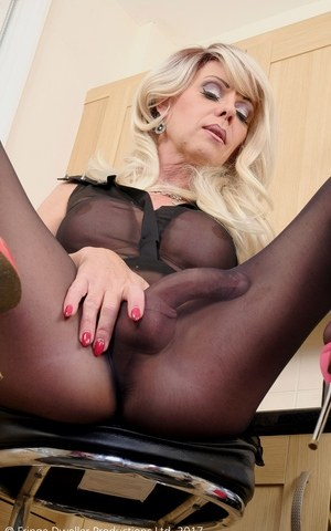 Shemale tranny in pantyhose of sounding ureth 9